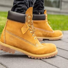 Top 9 The Best Work Boots for Construction Wokers Reviews In 2020