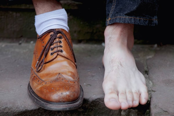 How to Measure Your Feet Getting a Perfect Size?