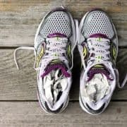 6 Simple Hacks on How to Dry Shoes Fast after Washing Them - Pros and Cons