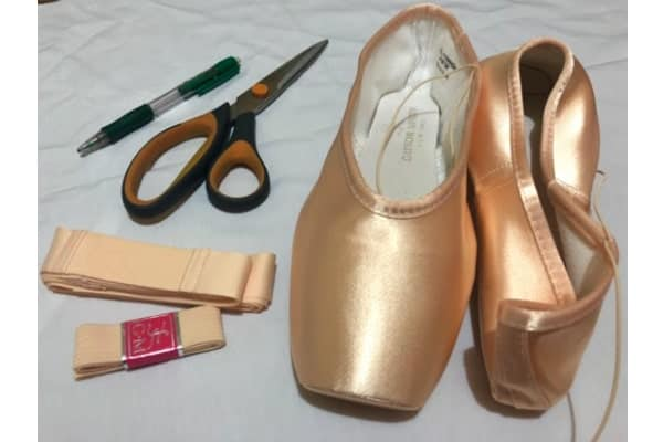 How To Sew Pointe Shoes At Ease 1