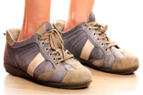How to shrink shoes that are too big for your feet 8