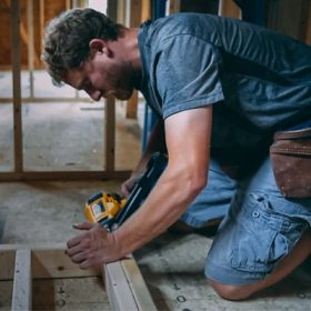 10 Best Work Boots for Carpenters and Framing Reviews